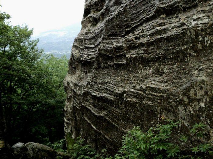 скала горы Индюк