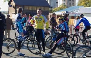 Велоучастники перед заездом