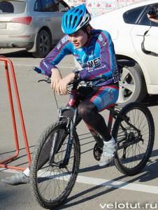 Велосипедист отдыхает