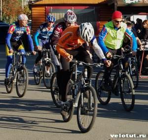 велосипедисты стартовали