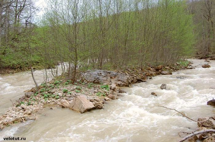река Курджипс