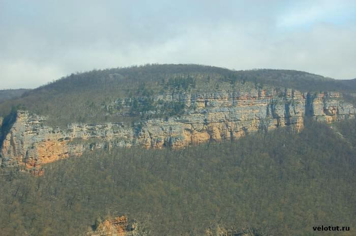 вид на скалы