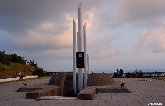 памятник кабардинка