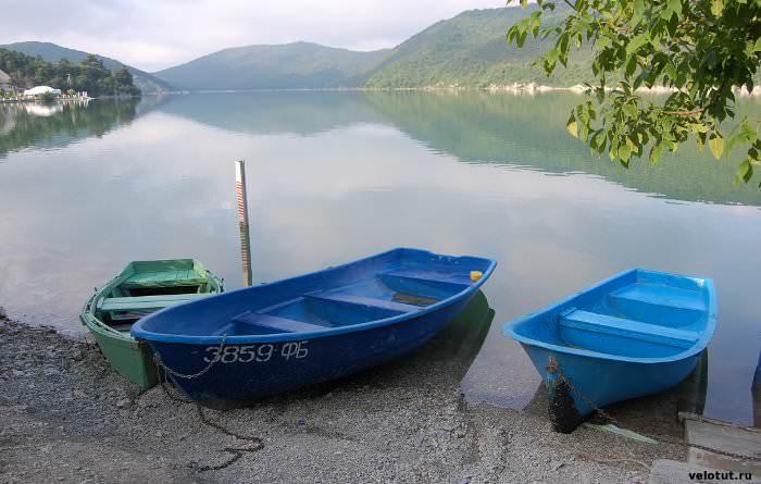 лодки на абрау