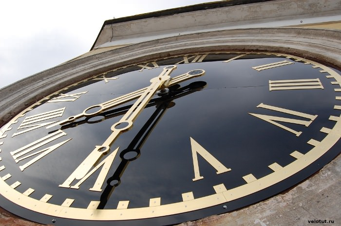 часы циферблат