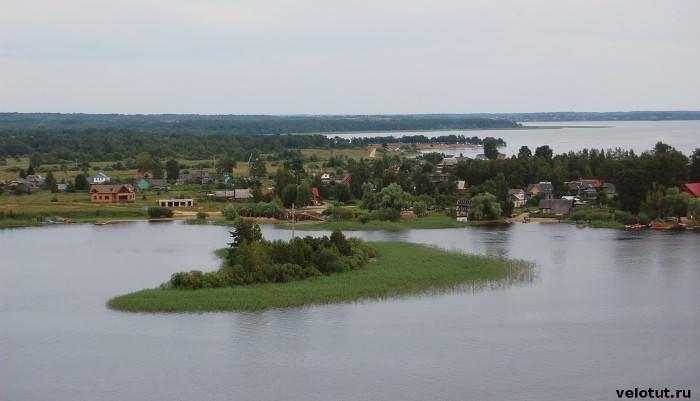 остров озеро селигер