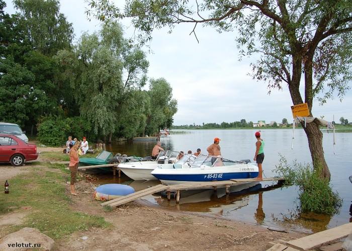катер озеро
