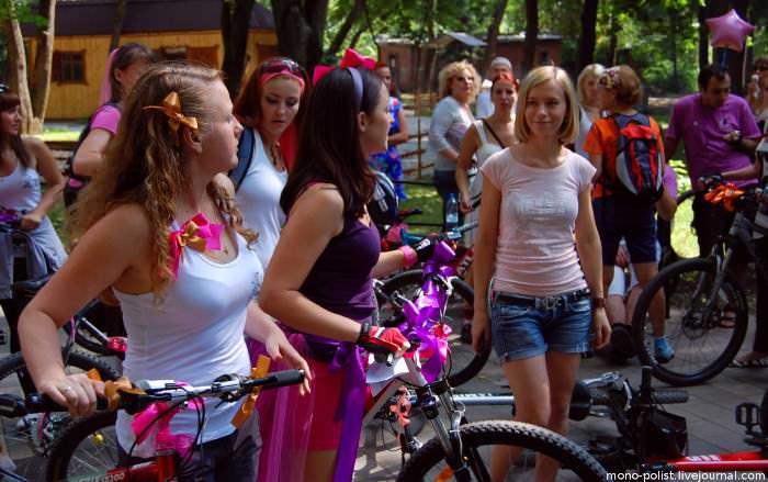 девушки на велодевичнике
