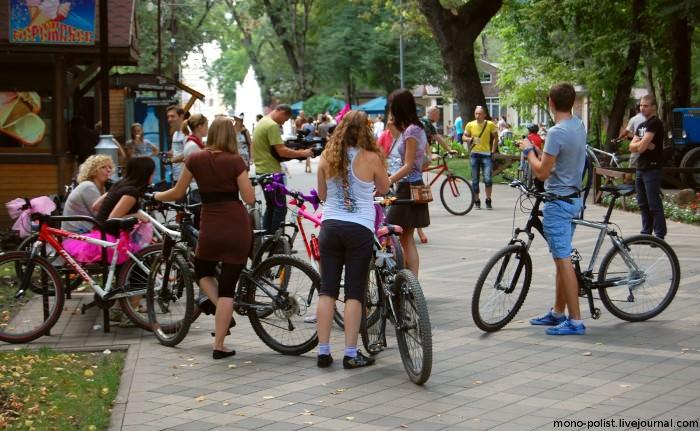 сбор девушек на велосипедах