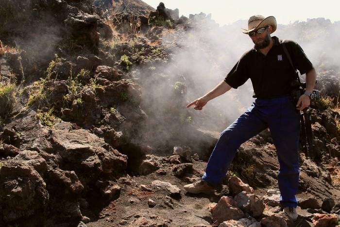 фумарол на вулкане Парикутин, Мексика