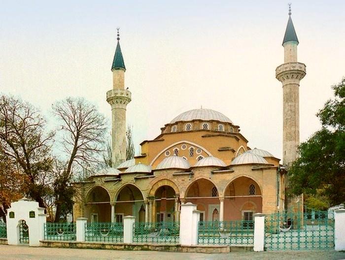 мечеть Хан Джами