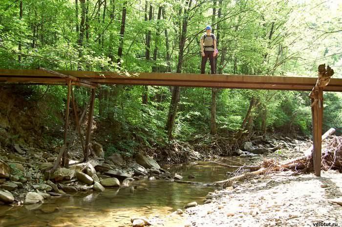 железный мост река пшада