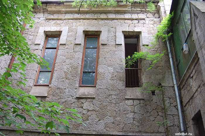 окна в ялте