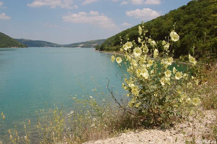 озеро Абрау-Дюрсо