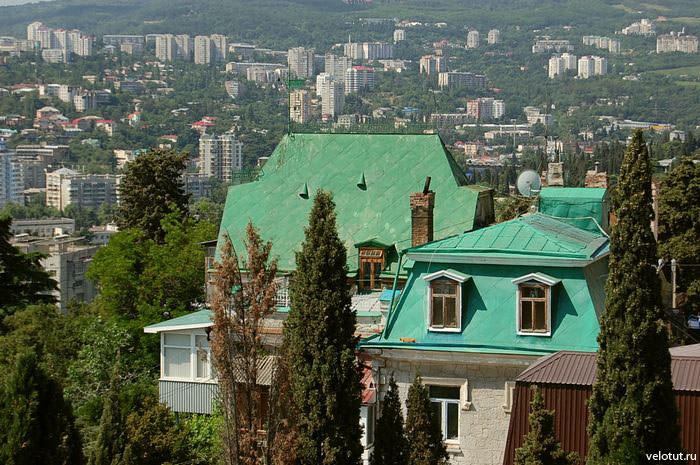 ялтинские крыши