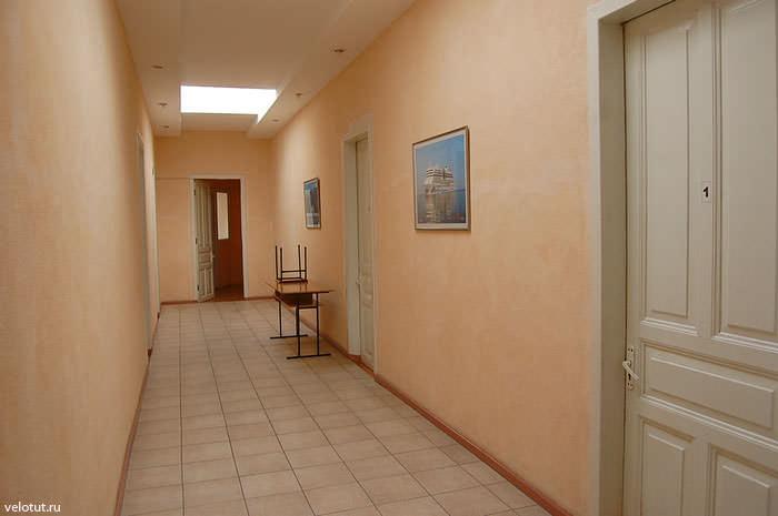 коридор хостел ялта