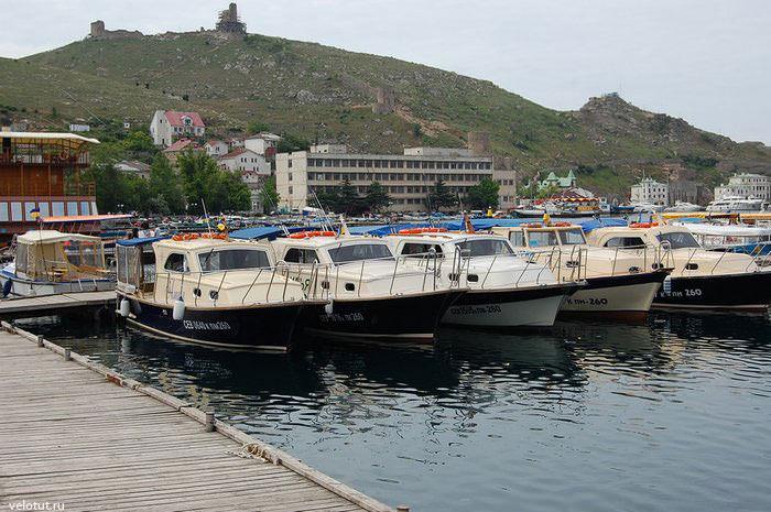 яхты в балаклавской бухте