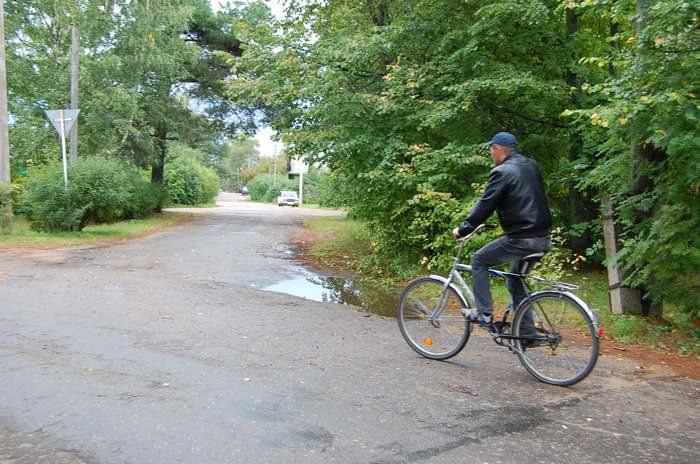 велосипед в деревне