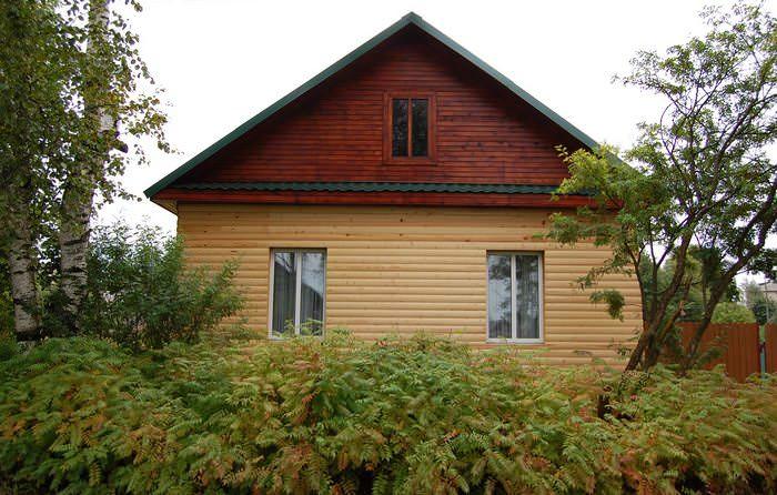 деревянный дом в хвойной