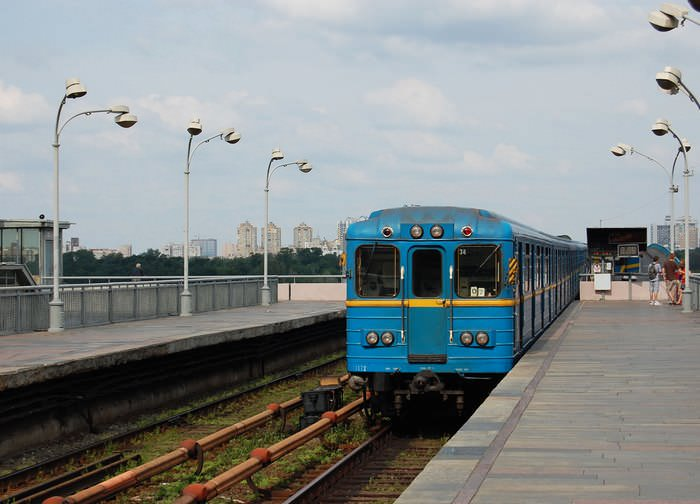метромост в Киеве