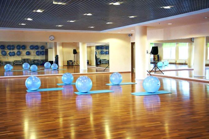 фитнес-клуб xfit
