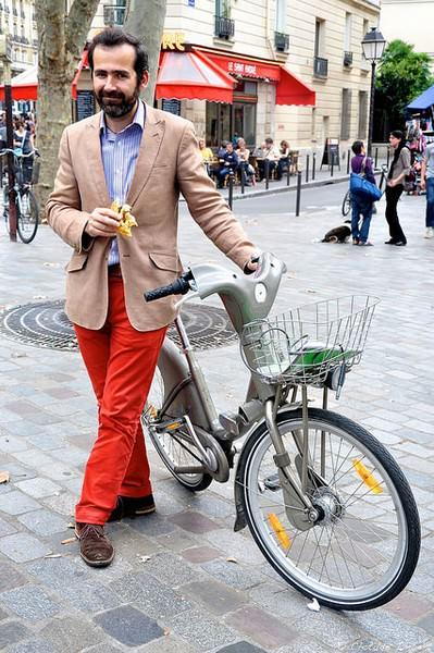 стильный образ для езды на велосипеде