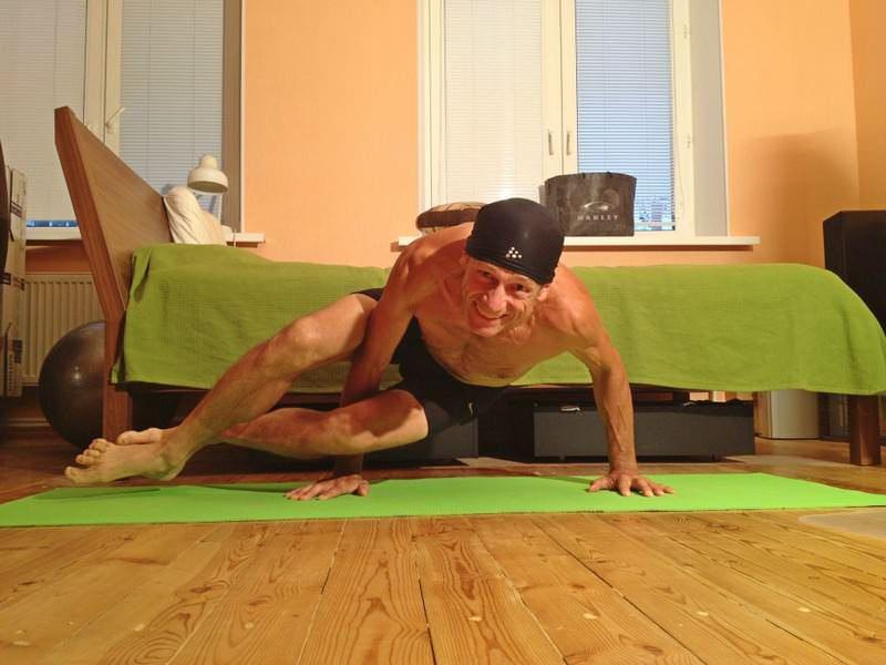 спортивный мужчина 57 лет