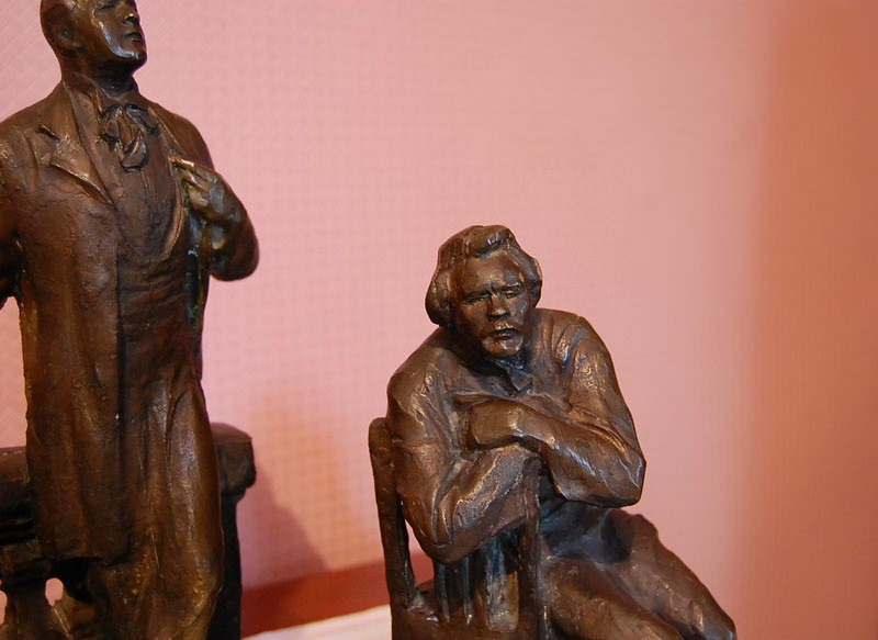 фигурки в музее чехова