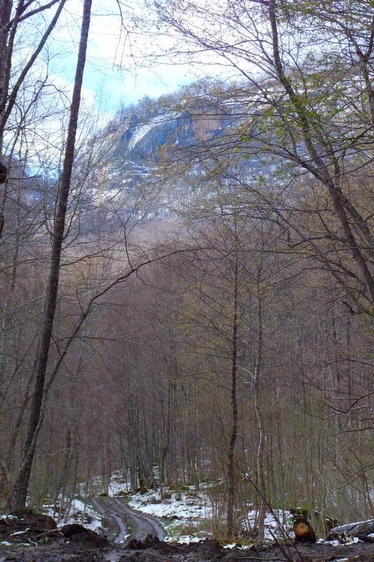 поход на водопады реки кутанка