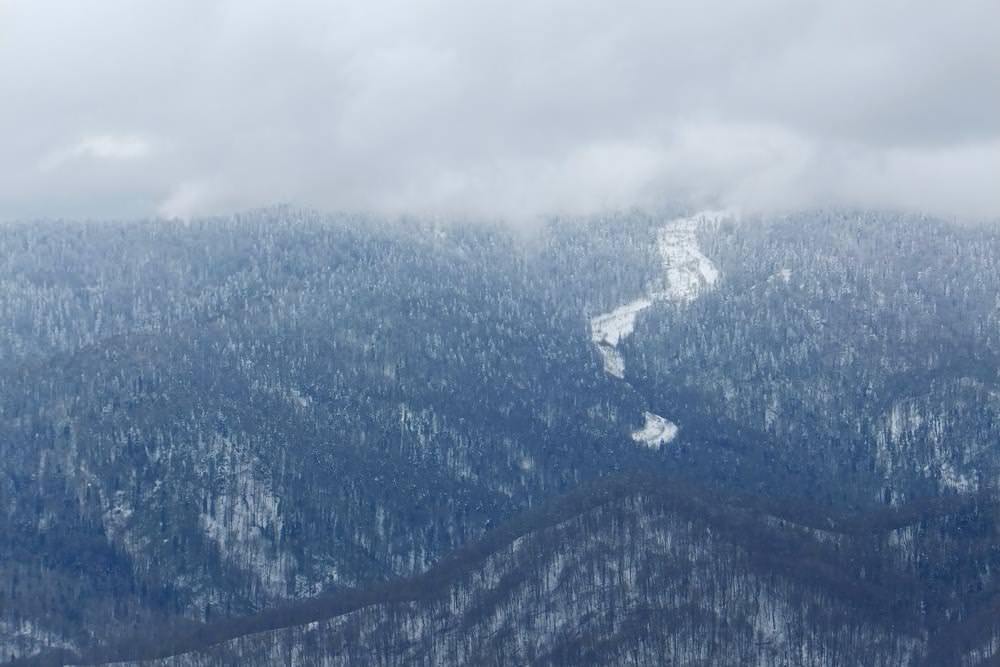 вид с горы монах