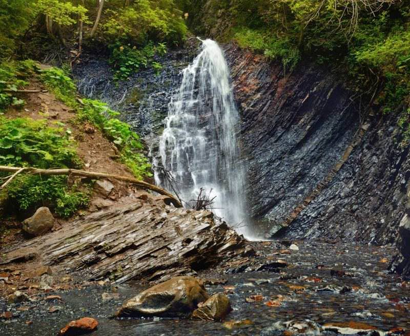 Водопад Гук Женецкий