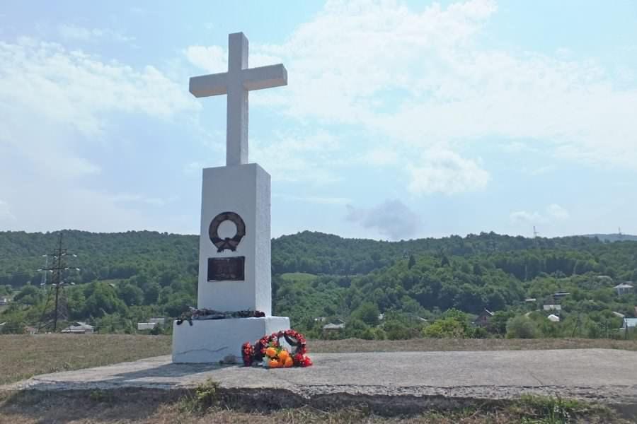 Памятник жертвам наводнения 1991 года