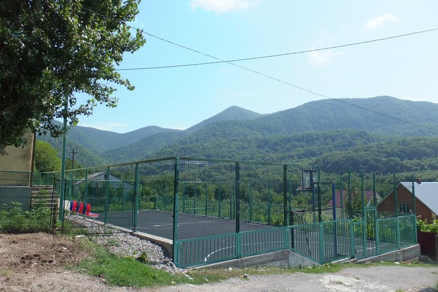 баскетбольная площадка на селе
